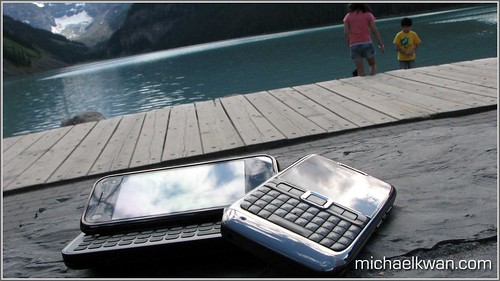 Nokia N97 mini and Nokia E71 | by Michael Kwan (Freelancer)