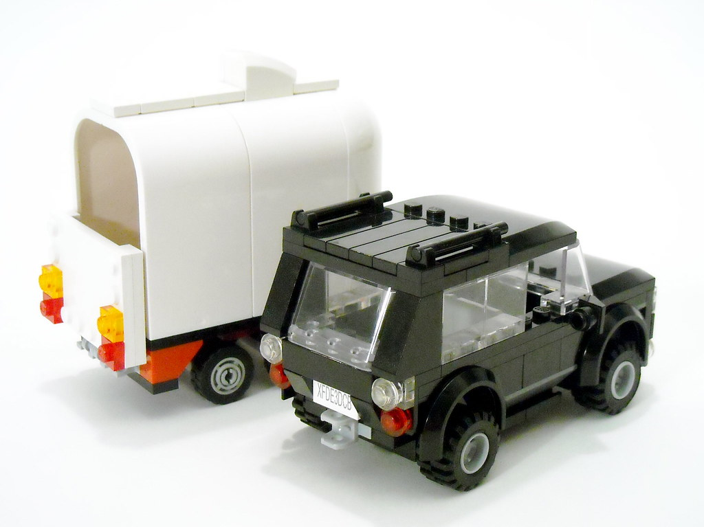 Range Rover & Trailer - rear | This is my slight mod to Lego… | Flickr