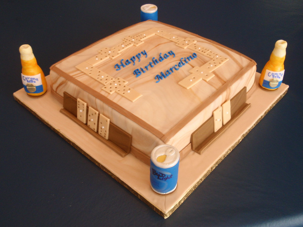 Dominos Cake Amp Beers This Cake Represent The Top Of A