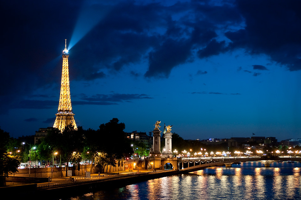 Eiffel tower lit up with the beacon the view from the conc flickr