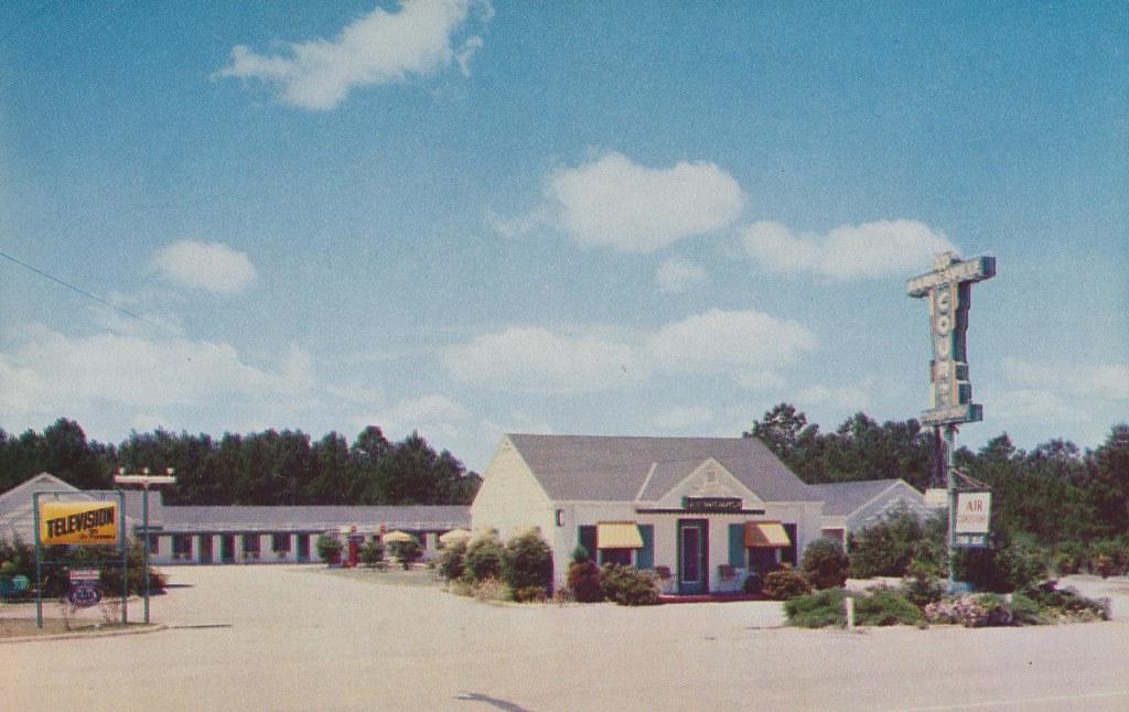 Barnesville Court - Barnesville, Georgia