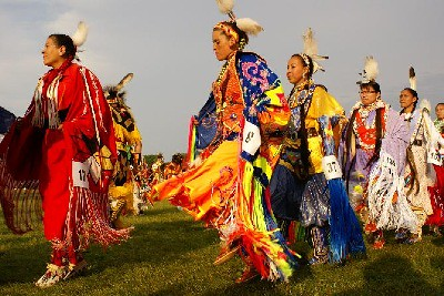 grand entry of first nation people 3   the largest pow wow