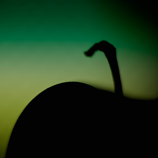 203/365 - An apple a day keeps the doctor away | by Alex Stoen