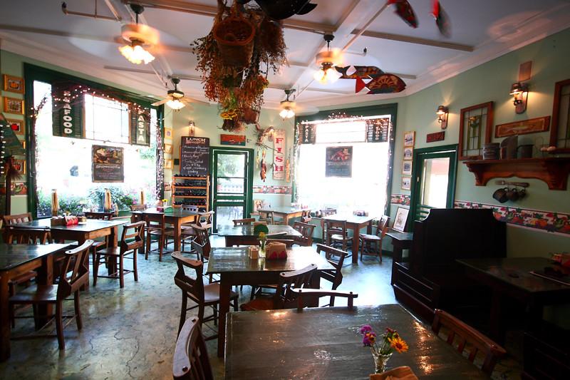 Cafe2 Eat A Pita Restaurant In Southwest Harbor Maine