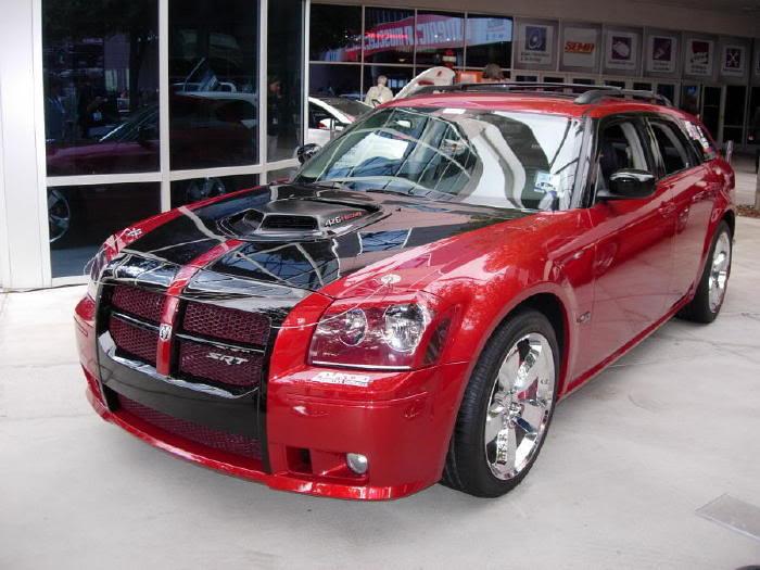D F A B on 2005 Dodge Magnum White