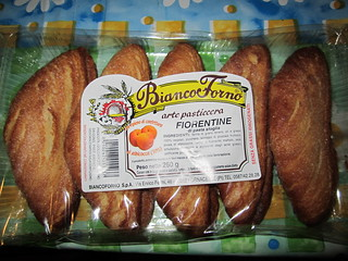 Vegan Apricot Puff Pastry by Bianco Forno | by veganbackpacker