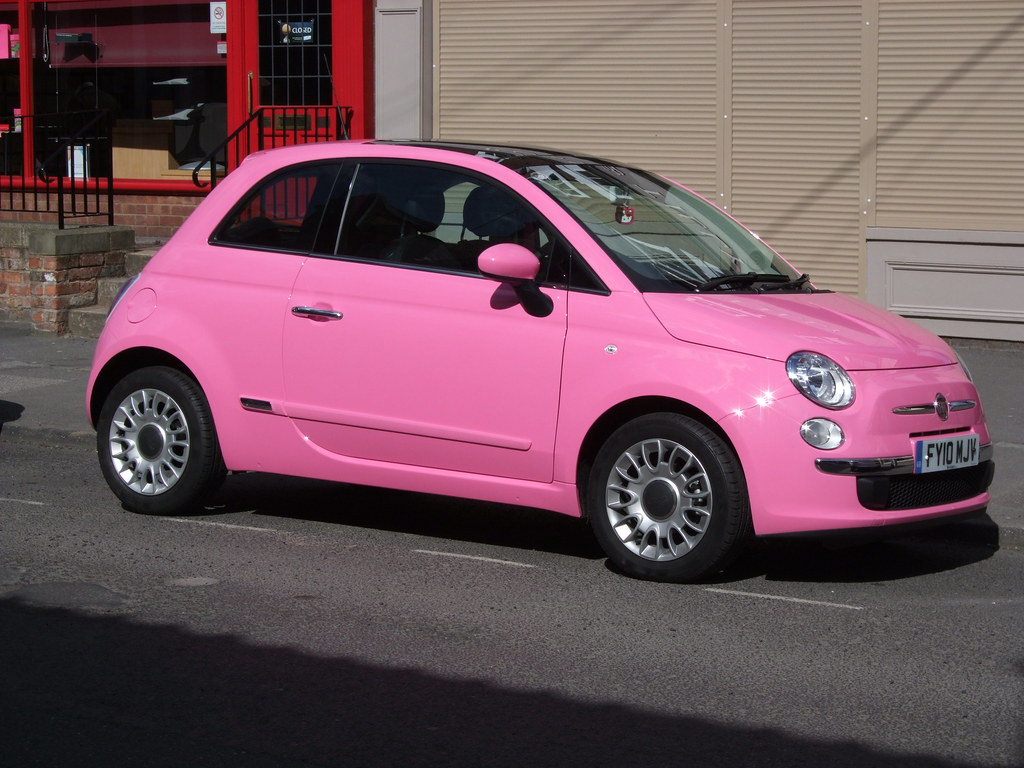 Pink Fiat 500 Seen On Barton High Street For The