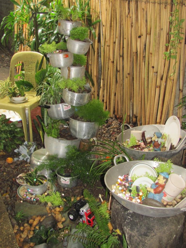 Outstanding Recycling Ideas Garden Adornment - Brown Nature Garden ...
