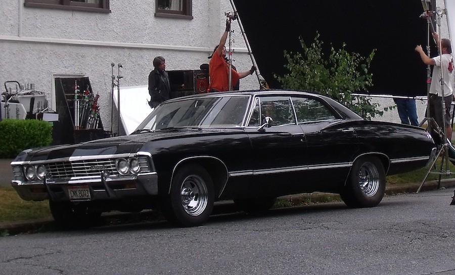 supernatural 39 s 39 67 chevy impala on location supernatural. Black Bedroom Furniture Sets. Home Design Ideas