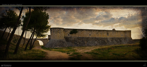 Ruins of Chinchon's Castle (Panoramic) | by Artigazo 