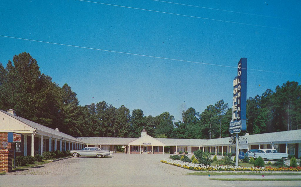 Colonial Motel - Williamsburg, Virginia