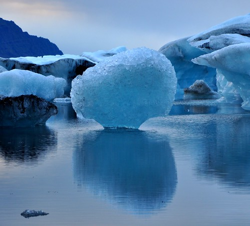 Floating Ice | by Martin Ystenes - hei.cc