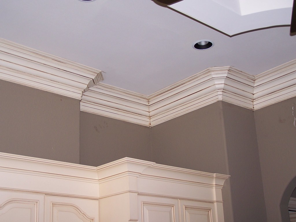 Three Step Crown Moulding Around Multiple Curves