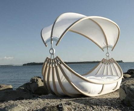 design-mobel-outdoor-canopy-beds-1 FrancesShirleySparkle Flickr