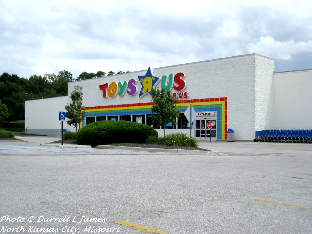 children 39 s palace now toys r us barry rd at n broadway kansas city mo flickr. Black Bedroom Furniture Sets. Home Design Ideas