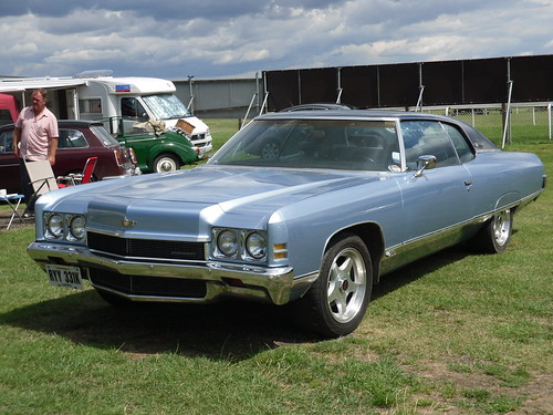 1972 chevrolet caprice 4 0 coupe gigantic im not keen on flickr