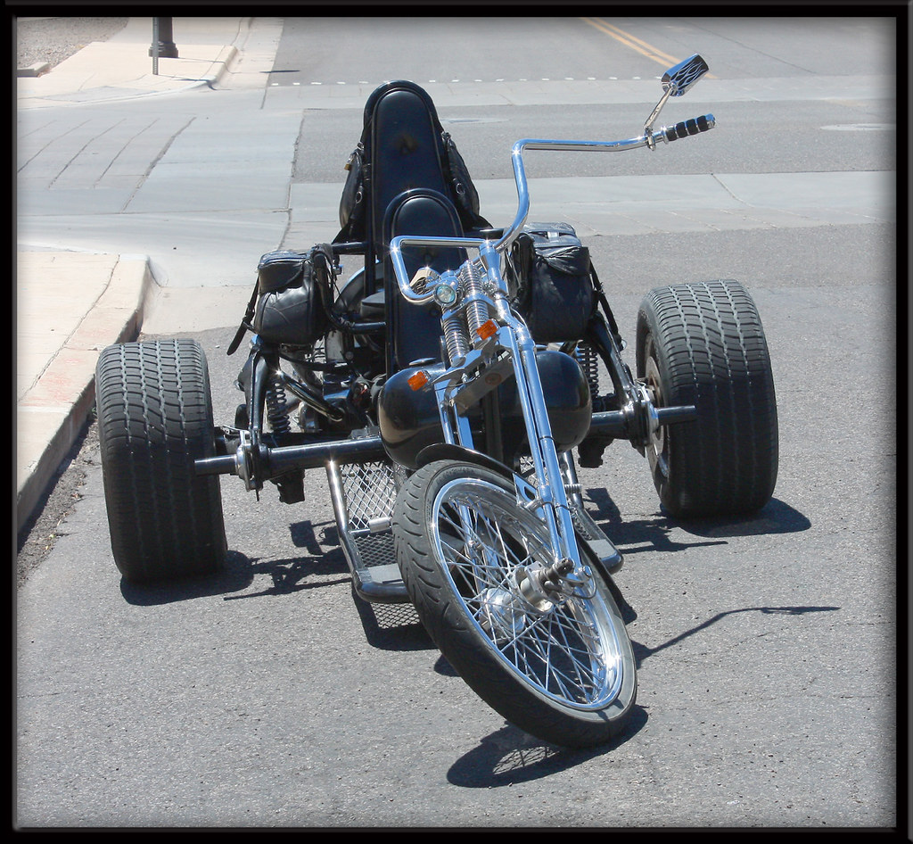 vw trike wicked looking trike i found parked in clarkdale flickr. Black Bedroom Furniture Sets. Home Design Ideas