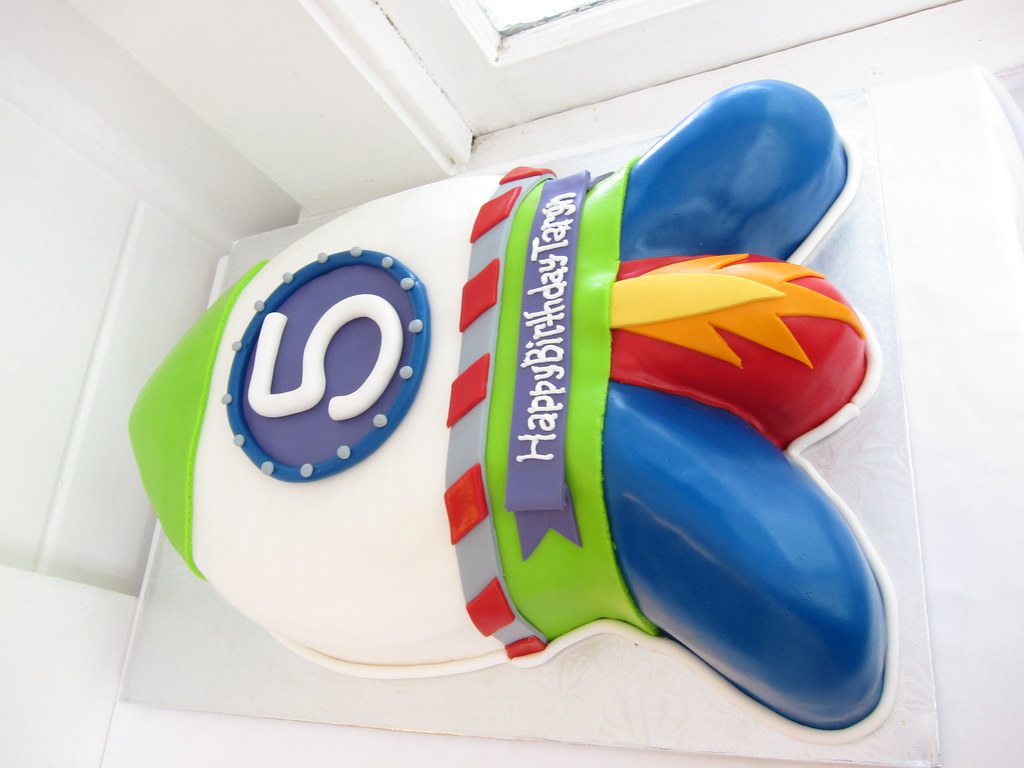 Wondrous Space Shuttle Birthday Cake Polkadots Olga Flickr Personalised Birthday Cards Vishlily Jamesorg