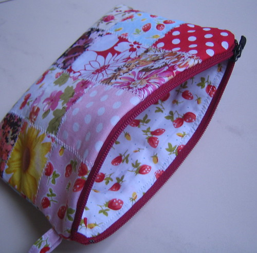 Patchwork zipper pouch inspired by Pink Peguin | by Just love sewing