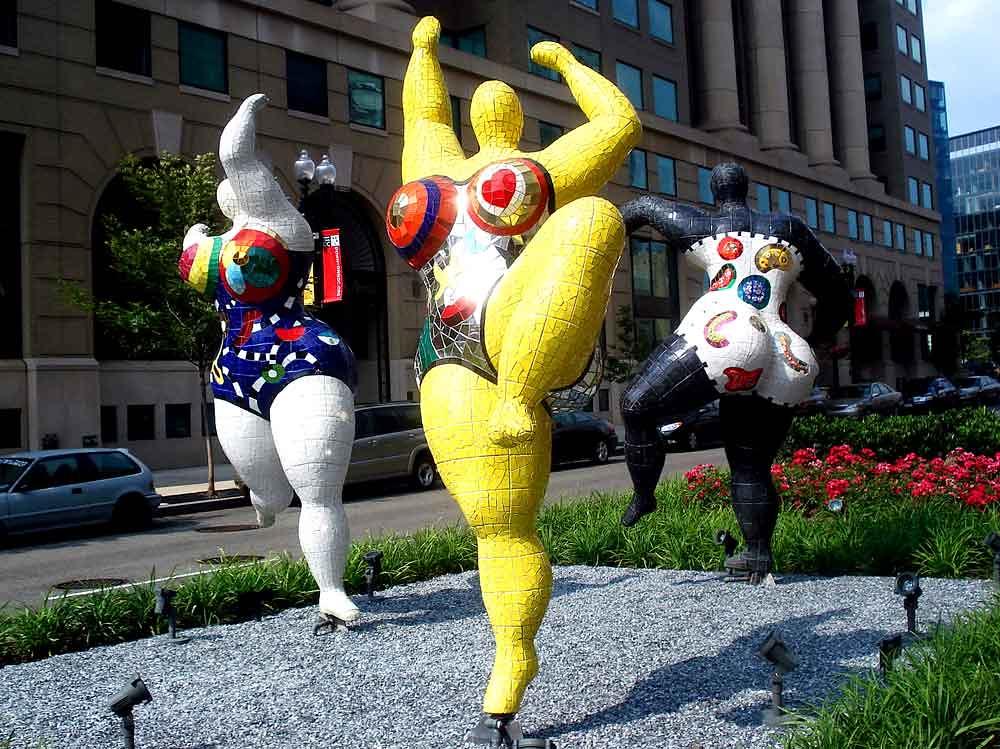 Niki de Saint Phalle, 3 graces