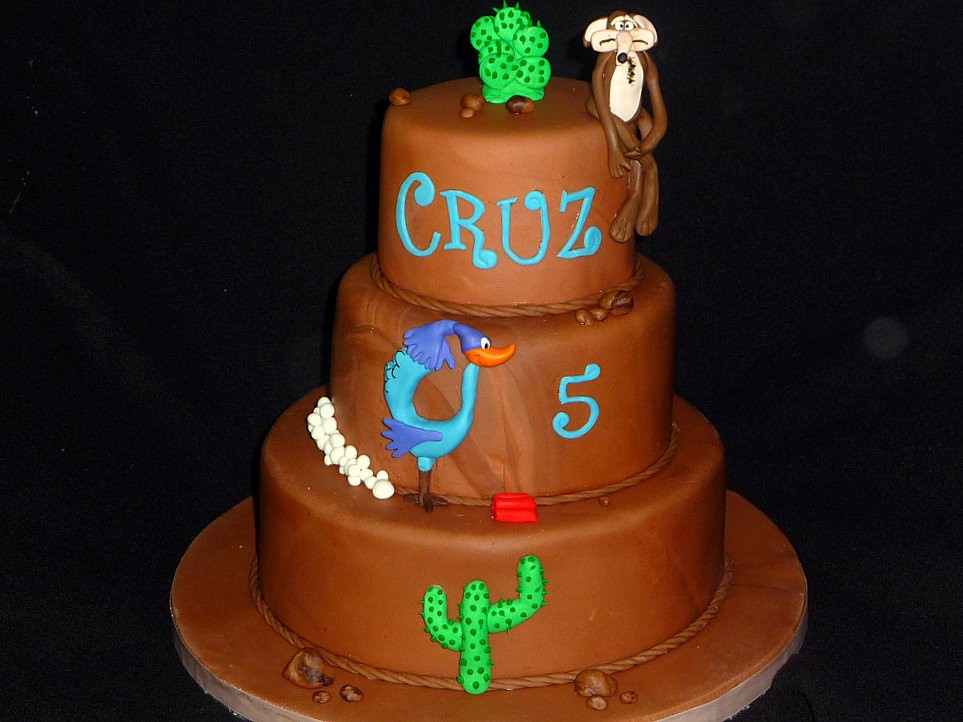 Coyote Roadrunner Cake Cake For A 5 Year Old S Birthday