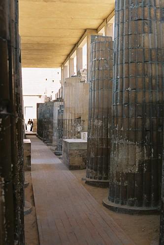 Zoser 陵墓建築群的多柱廳,我等了好久才沒有人, on Flickr