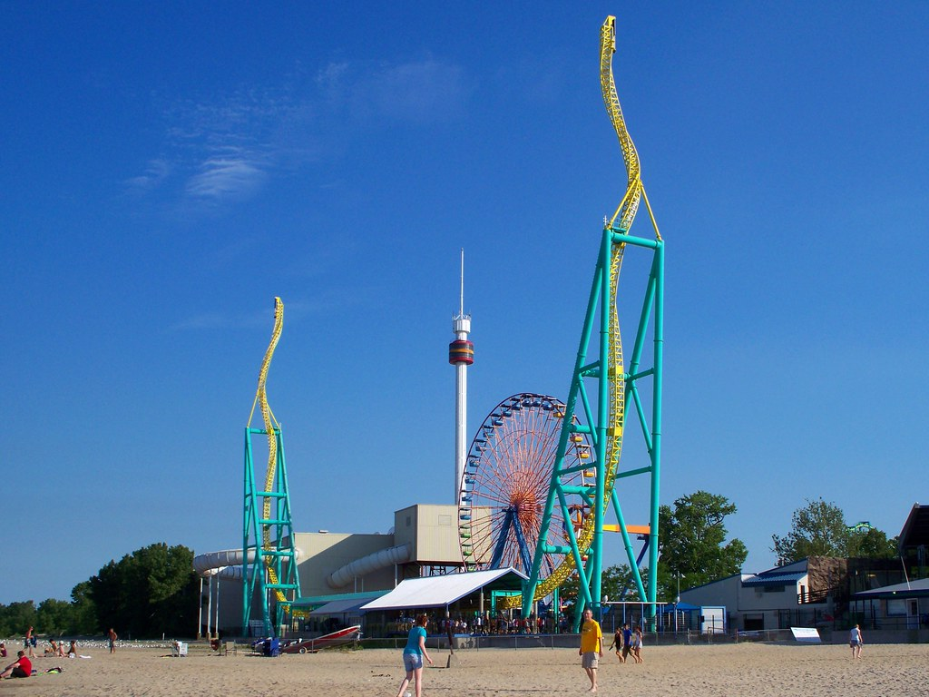 Cedar Point - Wicked Twister, Giant Wheel, and Space Spira ...