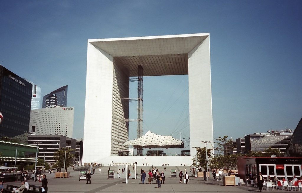 Ultra Modern Architecture of La Grande Arche de la Défense ... - photo#14