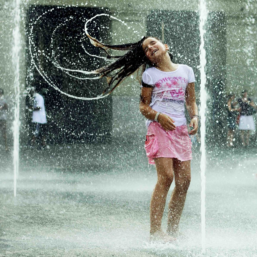 dancing in the rain | HanaS. | Flickr