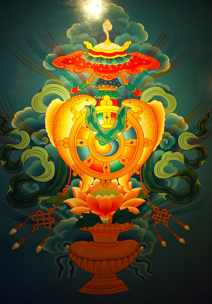 Eight Auspicious Symbols, wall mural, Tibetan Buddhist sym ...