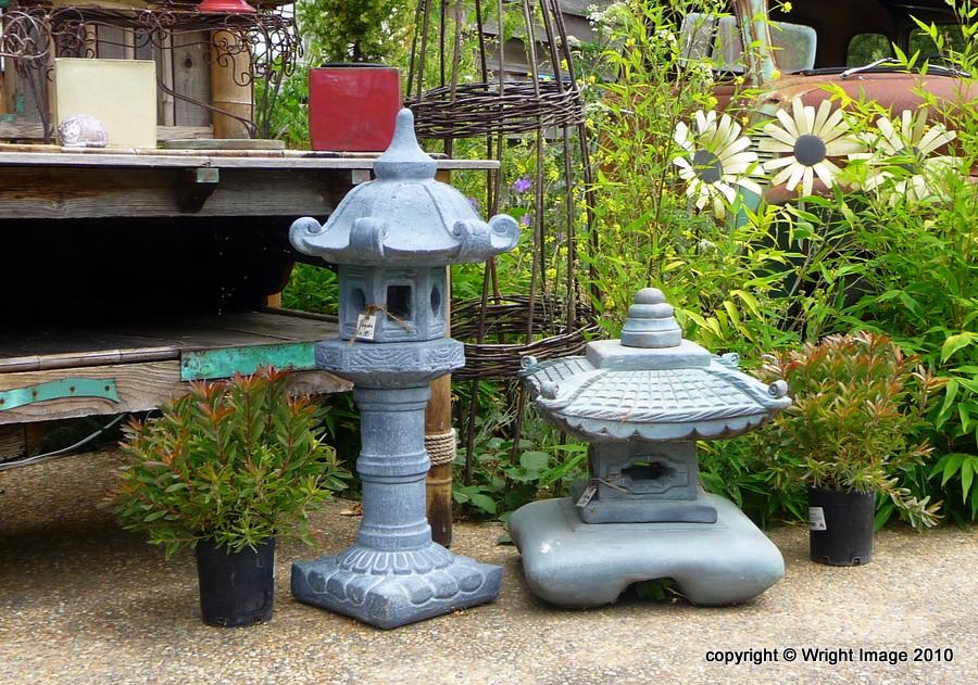 Japanese Garden Lanterns | Kimberley Renee | Flickr