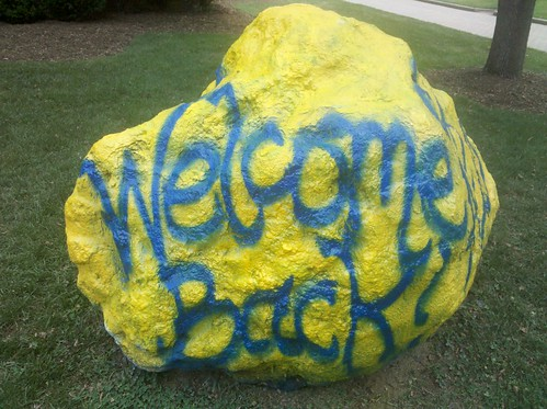 Alpha Xi Delta Welcome Back Rock 8.25.10 | by Writing On The Mall