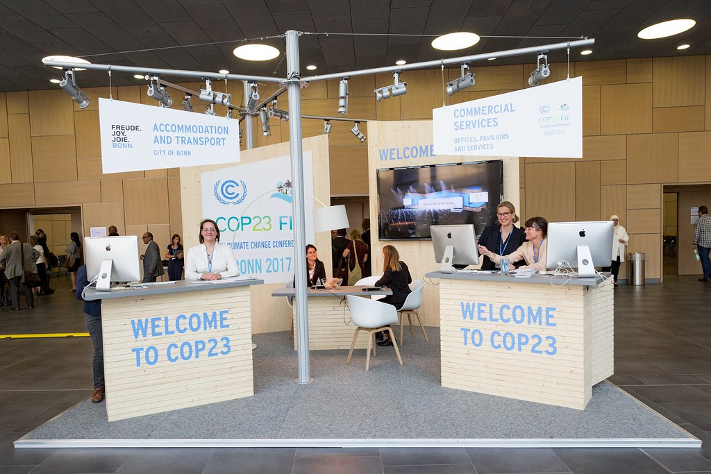 COP23 工作會議資訊中心攤位。 圖片來源:UNFCCC (CC BY-NC-SA 2.0)