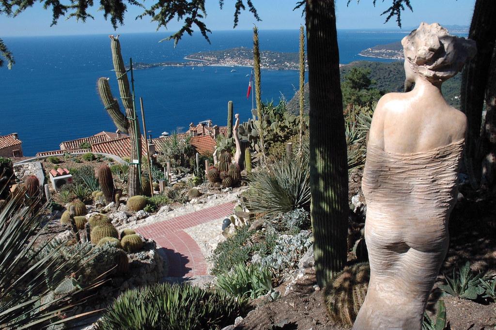 statue de J-P Richard dans le jardin exotique d\'Eze villag… | Flickr