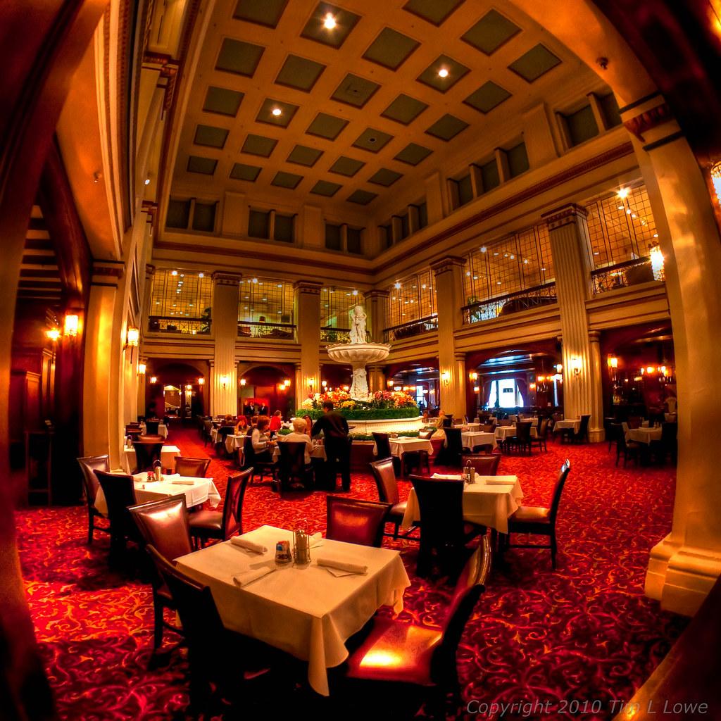 Walnut Room | Chicago | A Chicago tradition, The Walnut Room… | Flickr
