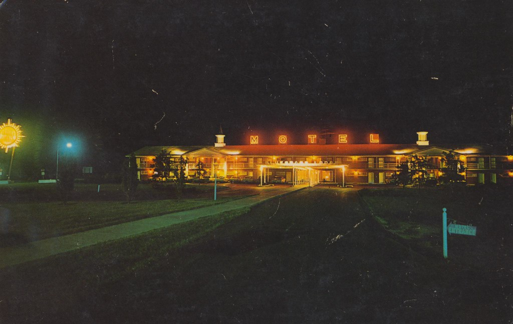 Bluegrass Lodge - Shepherdsville, Kentucky