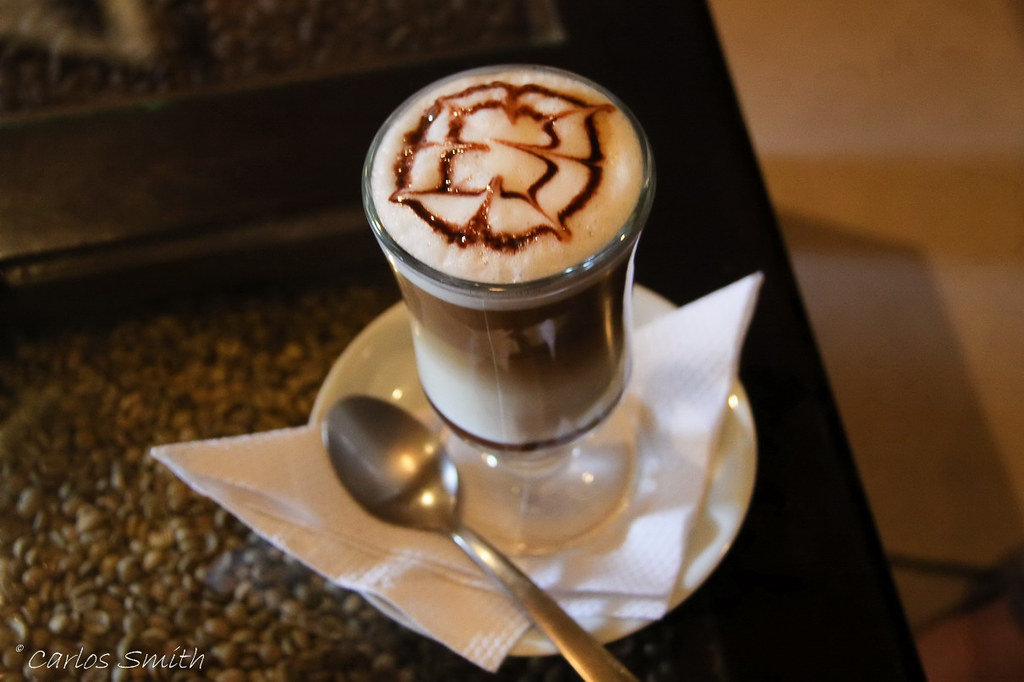 Mocaccino | At The Hou...