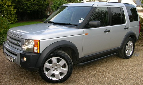 2007 Land Rover Discovery 3 TDV6 HSE | by TheCarSpy