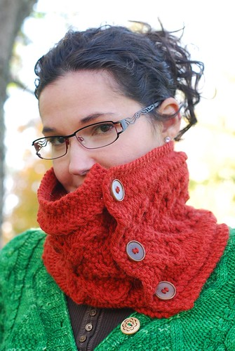 Buttons Cowl 09 | by Rosi G.