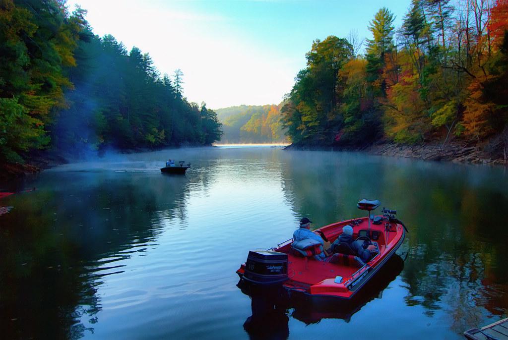 Fishing philpott lake virginia philpott lake nestled in for Virginia lakes fishing