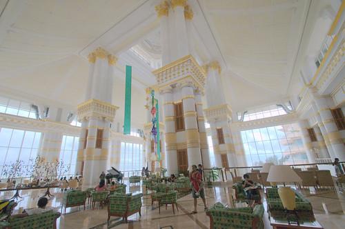 Empire Hotel Brunei Room Rates