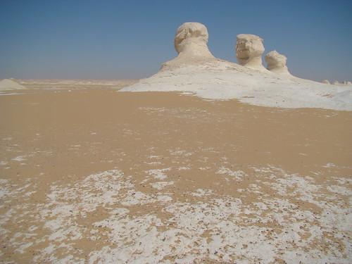 Roca fungiforme o en seta - White Desert (Egipto) - 01