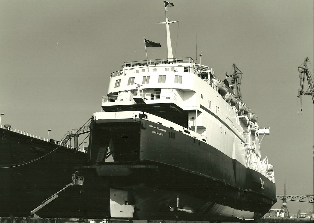 Pride of hampshire le havre france 25 04 1990 floating for 3d architecture le havre