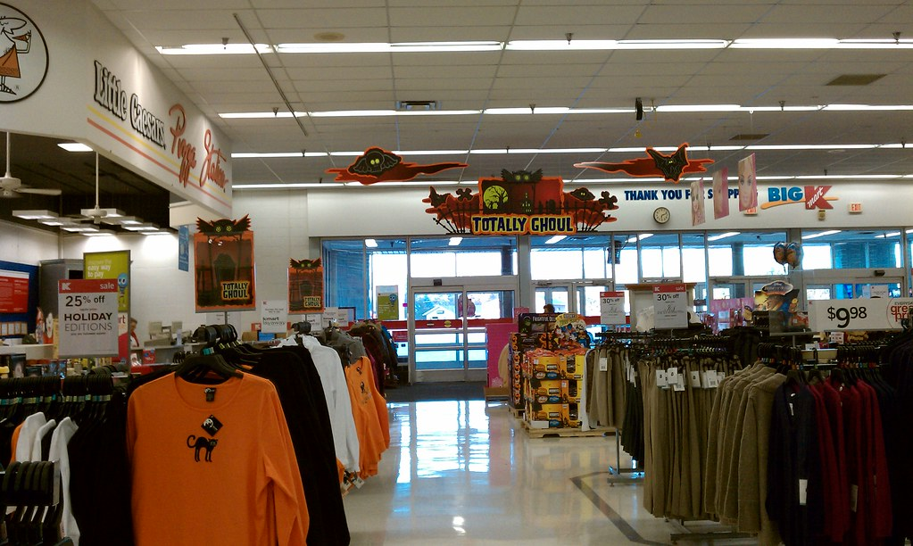 fourstarcashiernathan kmart carroll iowa 2010 halloween signage by fourstarcashiernathan - Kmart Halloween