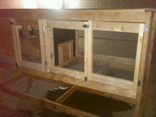 Rabbit Hutch With Wall Divider Sliding Door And Nesting Bo