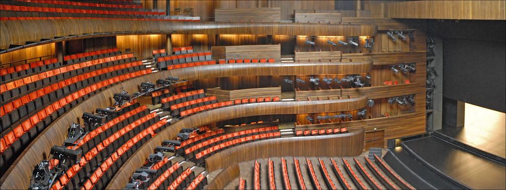 La grande salle de l 39 op ra d 39 oslo la grande salle dont for A l interieur movie