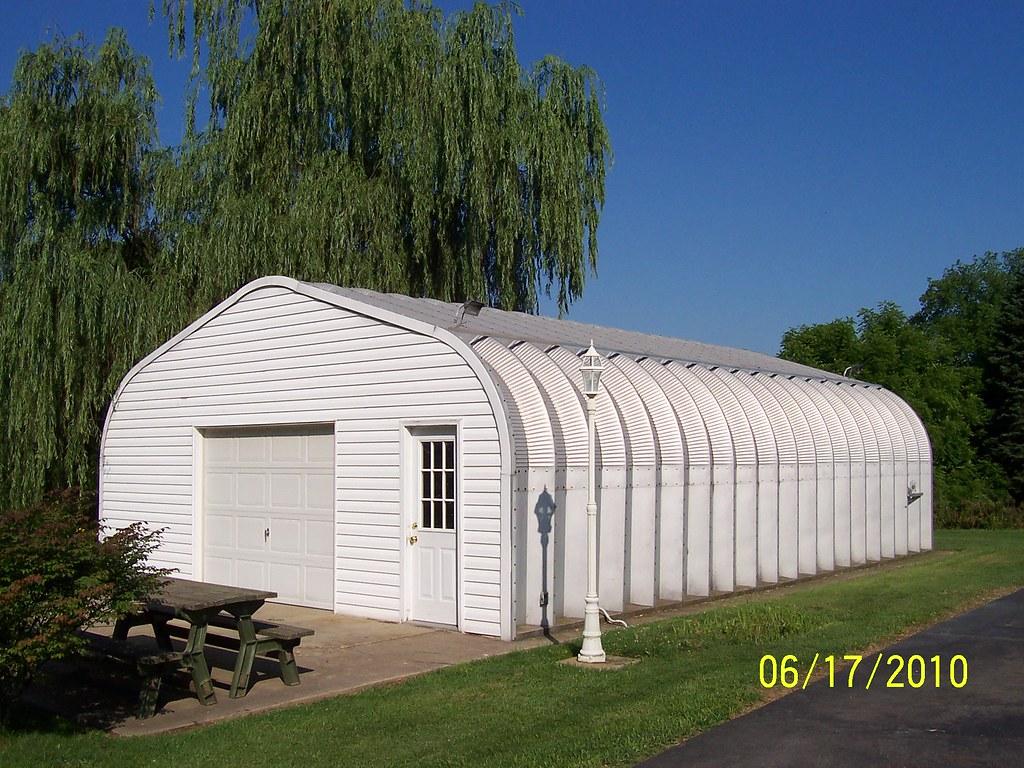 Steel garage with custom end walls steelmaster buildings for Prefab garage ontario