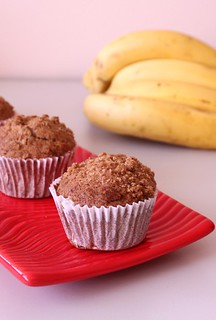 Banana Crumble muffins | by Vondelicious