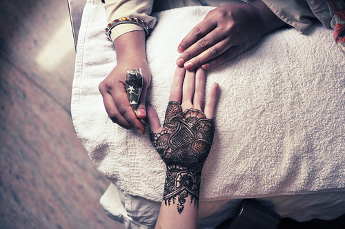 sarah getting henna'd | by jon madison