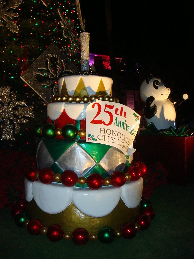 By HaYnCaNdi808 49 Honolulu Hale Birthday Cake Commemorating 25 Years